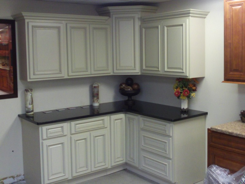 Ivory Glazed Best Priced Painted Kitchen Bathroom Cabinets