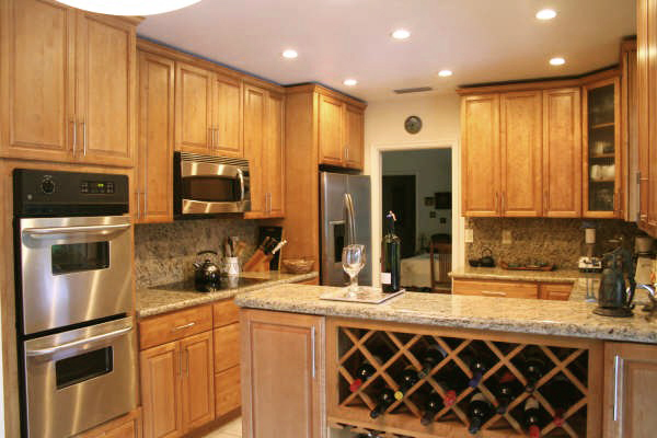 Toffee Natural Maple Country Style Kitchen Bathroom Cabinets